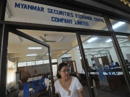 Myanmar khó có sàn chứng khoán vào năm 2015