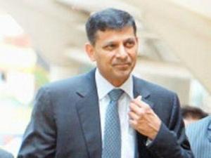 Tân Thống đốc Ngân hàng trung ương Ấn Độ đưa ra giải pháp cứu thị trường tài chính