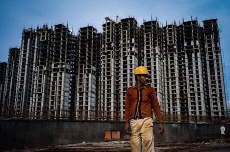 Kinh tế Ấn Độ vì sao tuột dốc?