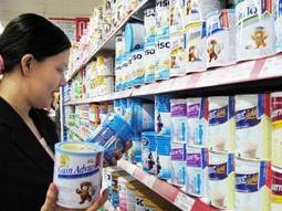 Thủ tướng yêu cầu báo cáo việc giá sữa tăng cao