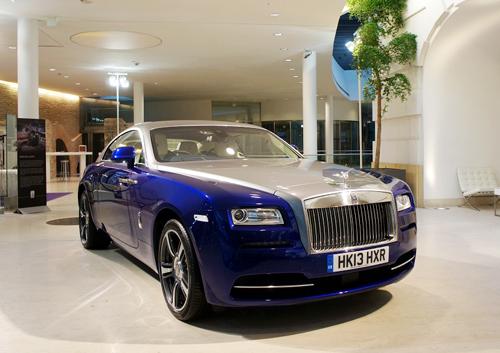 Siêu coupe Rolls-Royce Wraith giá 1 triệu USD khi về Việt Nam