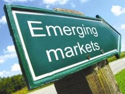Fed rút QE3, kinh tế mới nổi đi về đâu?