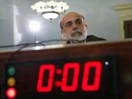 Tại sao Fed bất ngờ hoãn giảm kích thích?