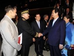 Thủ tướng Nguyễn Tấn Dũng đến Pháp
