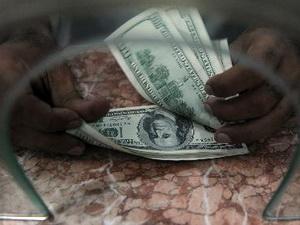 USD, yên tăng khi nhà đầu tư tháo chạy khỏi thị trường cổ phiếu