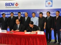 BIDV nhận chuyển giao 2 chi nhánh ngân hàng liên doanh Lào Việt