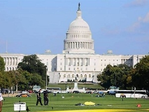 Lại một người đàn ông tự thiêu gần nhà Quốc hội Mỹ