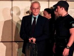 Dính bê bối rửa tiền, cựu Bộ trưởng Hy Lạp lãnh 20 năm tù