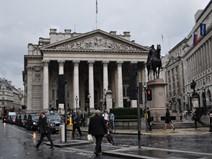 Các ngân hàng Anh phòng bị trước nguy cơ Mỹ vỡ nợ
