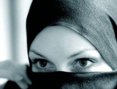 Thổ Nhĩ Kỳ bỏ lệnh cấm phụ nữ Hồi giáo đeo mạng che mặt