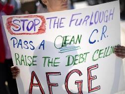 Người dân Mỹ biểu tình chống đóng cửa chính phủ