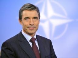 NATO bác mọi giải pháp quân sự cho xung đột Syria