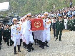 Video lễ hạ huyệt Đại tướng Võ Nguyên Giáp