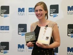 Nữ văn sĩ  New Zealand nhận giải  Man Booker 2013