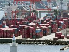 Nhật Bản xuất khẩu thấp hơn dự báo làm khó thủ tướng Shinzo Abe