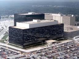 Vụ Snowden: Tình báo Mỹ do thám cả dân Pháp