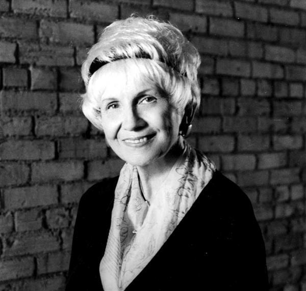Nobel Văn học 2013: Một thiên tài tĩnh lặng