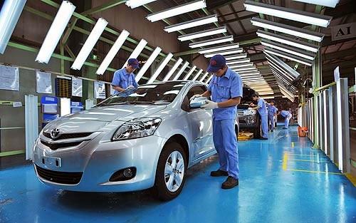Ôtô Indonesia dưới 200 triệu, Việt Nam 500 triệu đừng mơ