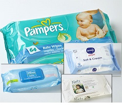 Pháp cảnh báo tác hại của  khăn giấy ướt cho trẻ em