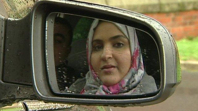 Phụ nữ Arab Saudi rầm rộ đòi quyền... lái xe