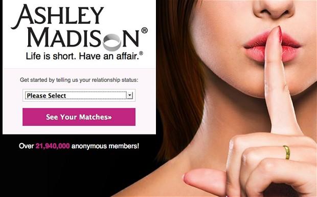 Singapore 'cấm cửa' trang web ngoại tình