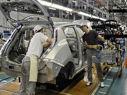 Sản xuất công nghiệp Nhật Bản cao nhất hơn 1 năm