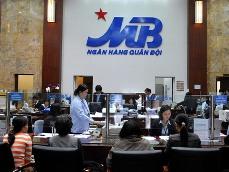 Tổng công ty Trực thăng Việt Nam đăng ký bán gần 53 triệu quyền mua cổ phiếu MBB