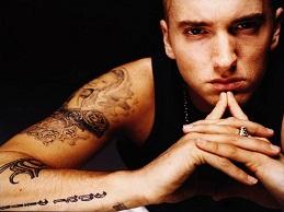 Hạ gục Justin Bieber, Eminem giành giải thưởng YouTube
