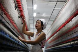 Kinh tế Trung Quốc có dấu hiệu phục hồi trước thềm Hội nghị Trung ương