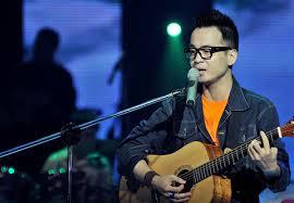 Ca khúc của một ca sĩ trẻ Việt Nam lọt vào đề cử sơ loại Grammy