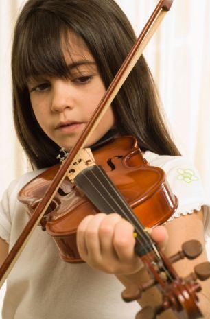 Chơi nhạc cụ lúc bé ảnh hưởng cả đời