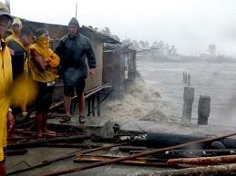 Ít nhất 100 người chết ở Philippines do bão Haiyan
