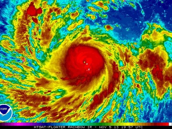 Thủ tướng ra công điện chỉ đạo ứng phó siêu bão Haiyan