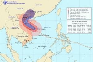 Tâm bão cách bờ biển Quảng Nam-Quảng Trị 190km