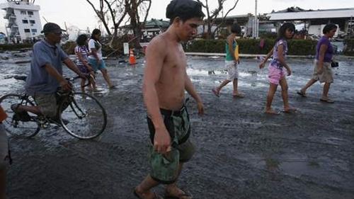 Cận cảnh đường phố Philippines sau bão Haiyan