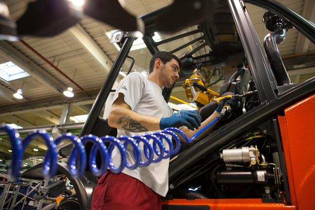 Kinh tế Eurozone phục hồi chậm do tăng trưởng GDP của Pháp và Đức suy giảm