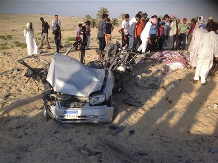 Xe bom giết 10 binh sĩ Ai Cập ở Sinai
