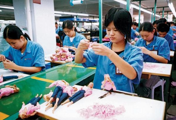 PMI sản xuất sơ bộ tháng 11 của Trung Quốc giảm