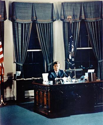 Kennedy từng nghĩ đến khả năng rút quân khỏi Việt Nam