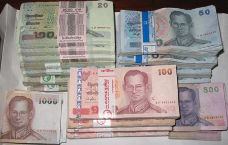 Đồng Baht Thái Lan chạm đáy trong 11 tuần do căng thẳng chính trị leo thang