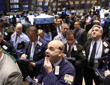 Chứng khoán Mỹ giảm, cổ phiếu các hãng bán lẻ tăng trong ngày Black Friday
