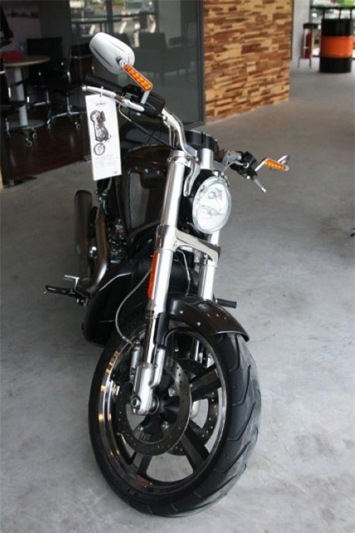 Cận cảnh dàn xe Harley đời mới vừa ra mắt tại Sài Gòn