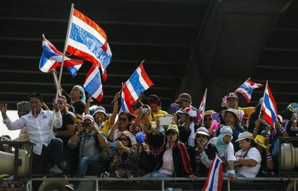 Đức, Mỹ kêu gọi hòa bình ở Thái Lan