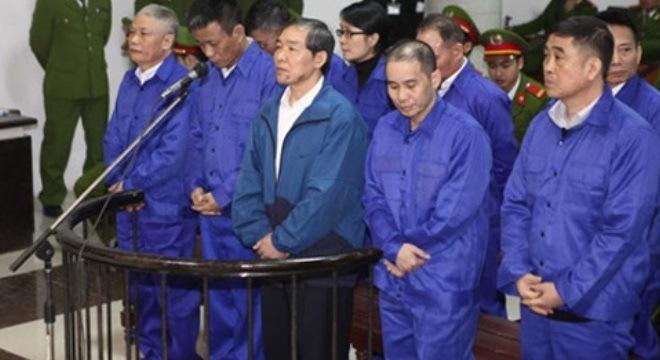 Bí mật của các sếp Vinalines bị nêu ra tại tòa