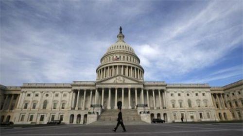 Hạ viện Mỹ dễ dàng thông qua ngân sách liên bang