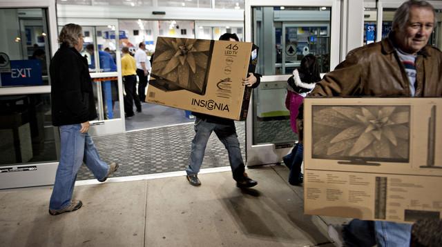 Doanh số bán lẻ của Mỹ tăng lên mức cao nhất trong 5 tháng