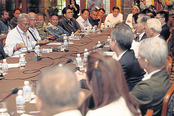Quân đội Thái Lan đồng ý nghe giải pháp của PDRC