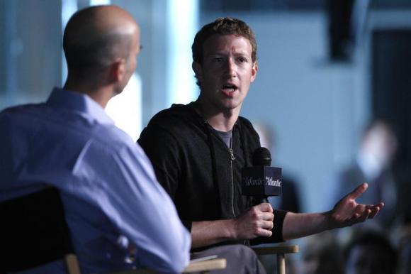 Zuckerberg bán 2,3 tỷ USD cổ phiếu Facebook