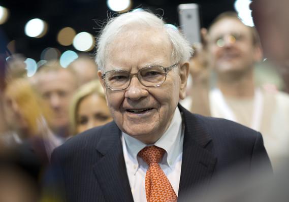 Tỷ phú Warren Buffett kiếm 37 triệu USD mỗi ngày