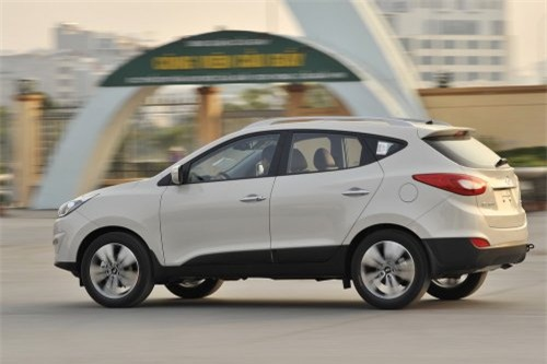 Hyundai Tucson 2014 ra mắt khách Việt với giá từ 935 triệu đồng
